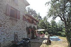 Country Cottage for sale in Piemonte - The property enjoys spacious outside living areas