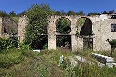 Rustic Italian farmhouse for sale in Piemonte - The property requires full restoration