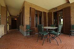 Prestigious Italian villa with Moscato vineyards  for sale in Piedmont. - Porch area off the kitchen