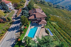 Prestigious Italian villa with Moscato vineyards  for sale in Piedmont. - Aerial  view of the property