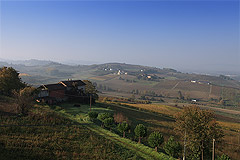 Luxus-Landhaus zum Verkauf im Piemont (Piemonte). - Panoramic views from the property