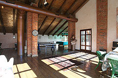 Cascina vicino ad Asti in Piemonte - Spacious living area/games room