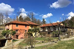 Country Houses for sale in Piemonte - The property is situated in a tranquil position