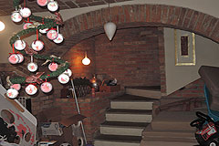 Country House for sale in Piemonte - Interior featuring old brick