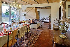Luxury Country Home for sale in Piemonte close to the Barolo towns - Dining area