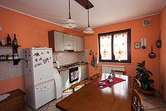 Italian villa for sale in Piemonte - Kitchen