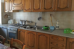 Country Estate including house, barn and outbuildings within 13 hectares of grounds. - Kitchen