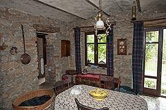 Original Stein Baurrnhaus Verkauf im Sud Piemont - Dining area