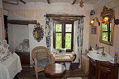 Original Stein Baurrnhaus Verkauf im Sud Piemont - Bathroom