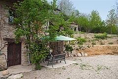 Original Stein Baurrnhaus Verkauf im Sud Piemont - Courtyard area
