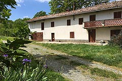 Country Wine Estate for sale in Piemonte - Entrance