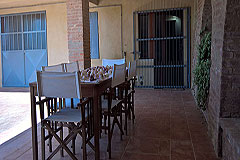 Italian farmhouse close to a golf course for sale in Piemonte - Covered terrace area