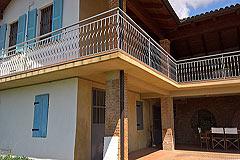 Italian farmhouse close to a golf course for sale in Piemonte - Balcony area