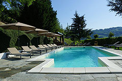 Boutique Hotel with Moscato and Barbera Vineyards in UNESCO area - Swimming pool area