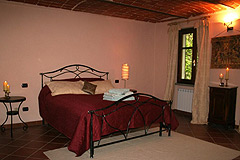 Beautiful Country Home for sale in Piemonte - Master bedroom