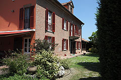 Luxury home for sale in Piemonte Italy - The property is built from local traditional brick