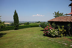 Luxury home for sale in Piemonte Italy - Garden area