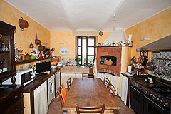 Luxury home for sale in Piemonte Italy - Kitchen area
