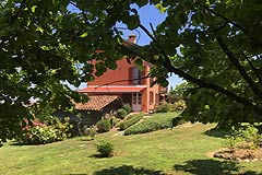 Luxury home for sale in Piemonte Italy - Prestigious country house in a tranquil position with the most stunning views..