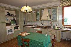 Italian Villa for sale in Piemonte - Kitchen area