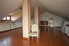 Italian Villa for sale in Piemonte - Attic area