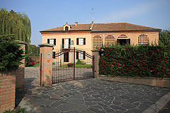 Luxury Equestrian Property for sale in Piemonte Italy - Prestigious Country Estate suitable for horses with 8 hectares of land, stables and vineyards.