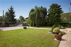 Luxury Equestrian Property for sale in Piemonte Italy - Front garden area