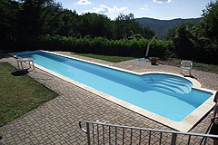 Country House with Swimming Pool for sale in Piemonte - Swimming pool area