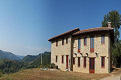 Teil restauriertes Stein Bauernhaus zum Verkauf im Piemont - Tranquil position