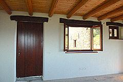 Teil restauriertes Stein Bauernhaus zum Verkauf im Piemont - Kitchen door to yard