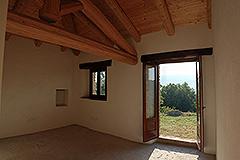Teil restauriertes Stein Bauernhaus zum Verkauf im Piemont - Bedroom