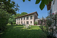 Luxury Property with Pool for sale in Piemonte - Spacious grden area