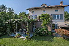 Luxury Property with Pool for sale in Piemonte - Terrace area