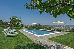 Luxury Property with Pool for sale in Piemonte - Panoramic views from the pool