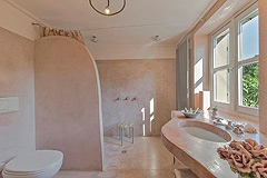 Luxury Property with Pool for sale in Piemonte - Bathroom