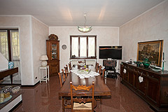 Country house for sale in the Piemonte region of Italy - Dining area