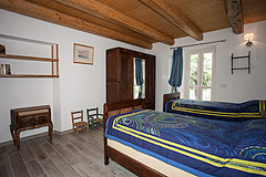 Luxury Country Home for sale in the Piemonte region of Italy - Bedroom