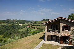 Luxury Country Home with Pool for sale in Piemonte Italy - The property enjoys a panoramic position