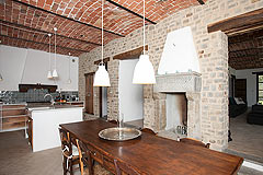Luxury Country Home with Pool for sale in Piemonte Italy - Kitchen and dining area