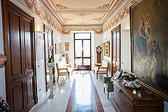 Luxury Country Home  for sale in Piemonte - Hallway