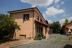 Country House for sale in Piemonte Italy - Side view