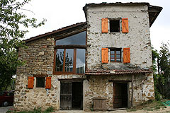 Rustic Italian farmhouse for sale in Piemonte Italy - Side view