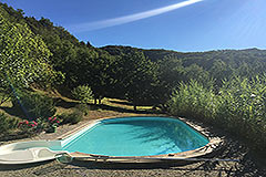 Country Home with swimming pool for sale in Piemonte - Swimming pool