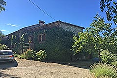 Country Home with swimming pool for sale in Piemonte - Courtyard area