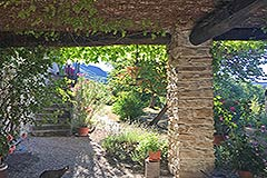Country Home with swimming pool for sale in Piemonte - Terrace area
