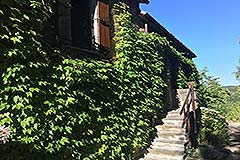 Country Home with swimming pool for sale in Piemonte - Rustic style
