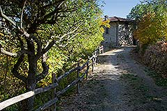 Character Country Stone House with dependance for sale in Piemonte - Entrance to the property