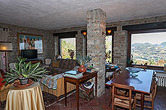 Character Country Stone House with dependance for sale in Piemonte - Living area