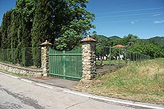Country House with Swimming Pool for sale in Piemonte - Entrance