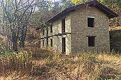 Two Part Restored Country Houses for sale in Piemonte - House one
